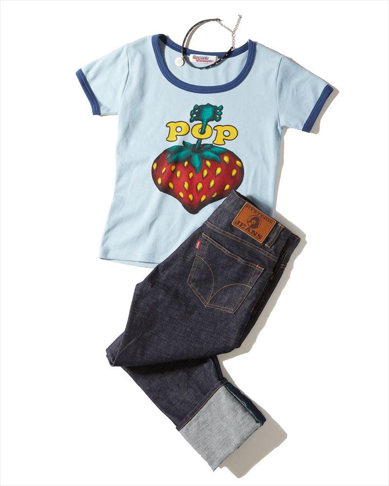 チビT&太幅ロールアップで'90sなTOKYOカジュアルに<br>    <br>&#8217;90s TOKYO casual &#8220;Short length small Tee and Fat roll up pants.&#8221;